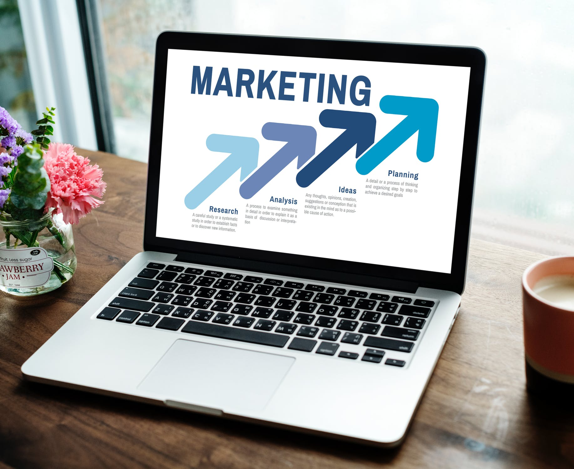 Build your online presence with Alastair's digital marketing and web development services!